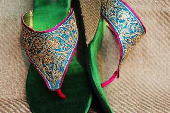 Green silk plain women footwear
