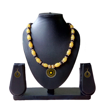 Beautiful Yellow and Black Necklace and Earring Set