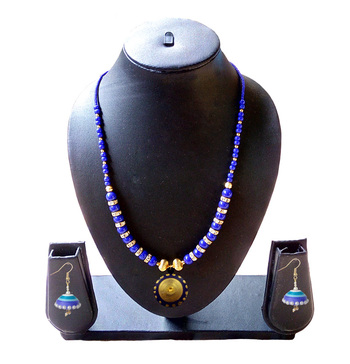 Beautiful  Blue and Gold Necklace and Earring Set