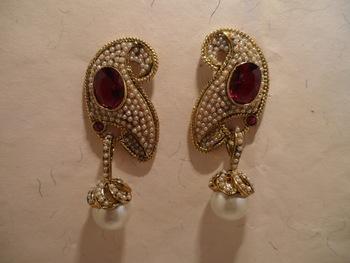 red stone pearl earrings