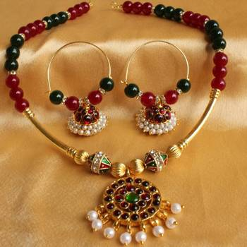 Beautiful Unique Temple Jewel Necklace Set