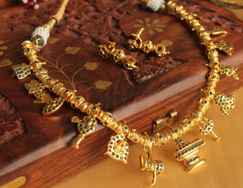 Beautiful Ad Stone Blue Shiva Necklace Set
