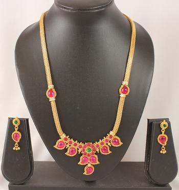 Splendid Goldplated Kemp Green Necklace Set