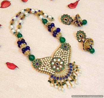 CELEBRITY ROYAL COLLECTION POLKI COLORED STONE NECKLACE SET