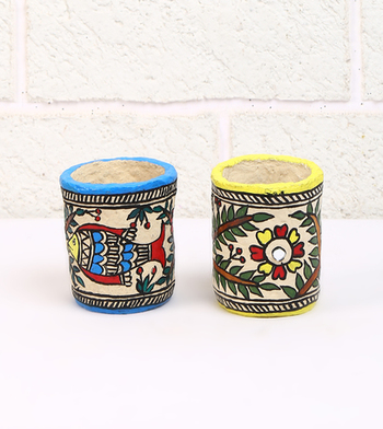Multicolor Paper And Paints Home Accessories
