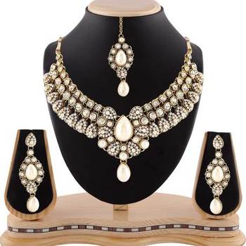 Exclusive Design Pearl Gold Finishing White Stone Necklace Set With Maang Tikka