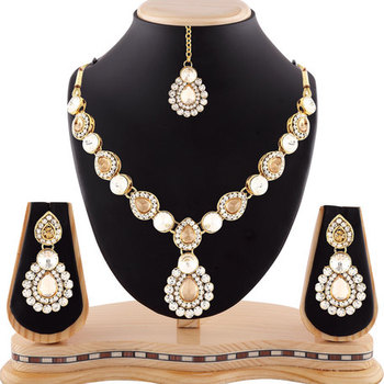 Gracefull Design Austrian Stone Gold Finishing Necklace Set With Maang Tikka