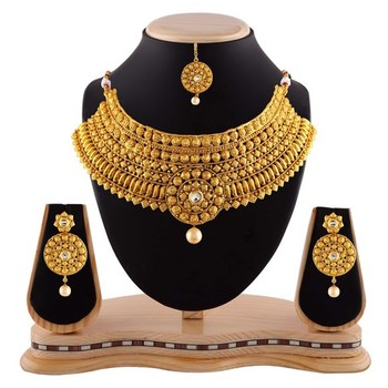 Traditional look pearl drop gold finishing necklace set with maang tikka