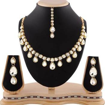 White Stone Classy Design Gold Finishing Necklace Set With Maang Tikka