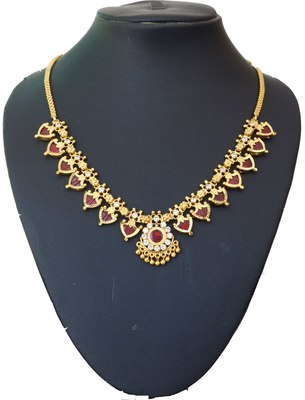 Maroon Palakka Necklace With Fourteen Palakka