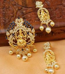 Designer Temple pendnat set