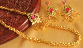 Royal Designer Ruby Emerald Mugappu Necklace Set
