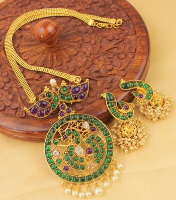 Splendid Antique Purple Green Peacock Necklace Set
