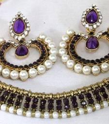 Antic Purple stone tilak necklace set