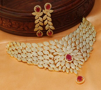 Beautiful High Gold Bridal Necklace Set