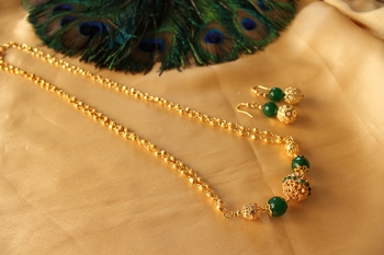 Gorgeous Handmade Designer Green Necklace Set