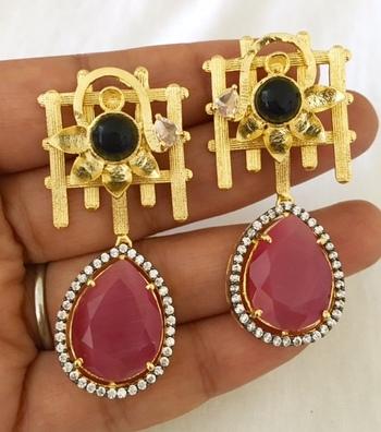 Lovely Dangler earrings