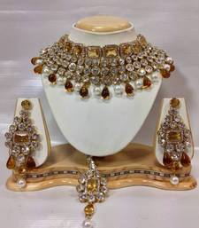 Buy Crystal Studed Jewelry Set in Gold with Pearls black-friday-deal-sale online