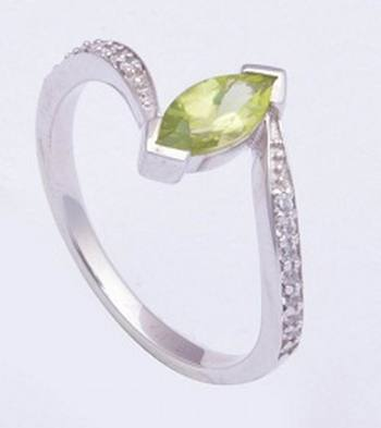 Peridot Gemstone Ring In Sterling Silver