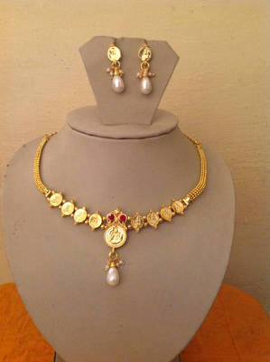 Gold plated goddess laxmi necklace set- Red Top