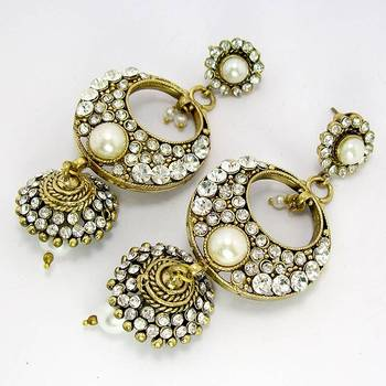 Elegant Victorian Danglers with Tokri Pearl White