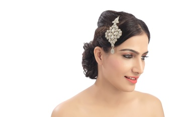 Beautifully Design For Bride Wedding With Austrian Stone Work Side Pasa