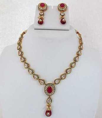 Tri Polki Shape Necklace Set
