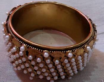 Designer Pearls Kada