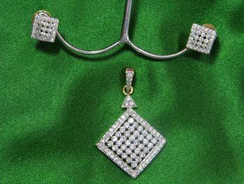 Beautiful American Diamond Square shaped Pendle Set