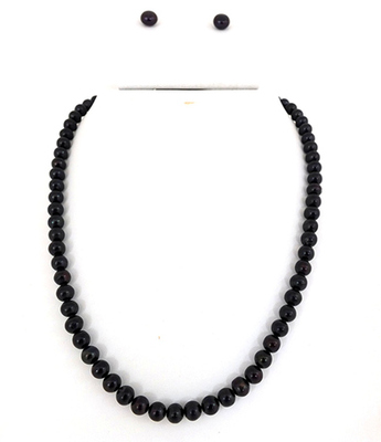 Round  Black Pearl Set