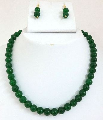 Green Jed plain Mala with tops