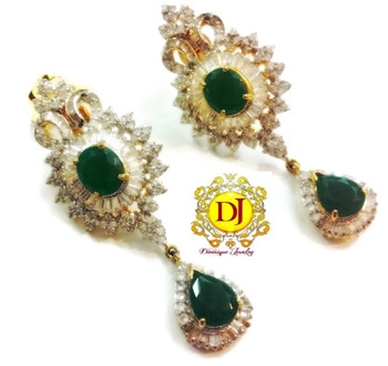 Very exclusive Green AD Party earrings