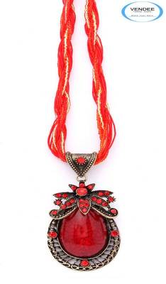Red fashion pendant jewelry