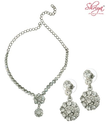 Shriya Exquisite Necklace Set