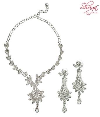 Shriya Astonishing Necklace Set