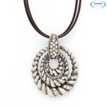 Western fashion pendant