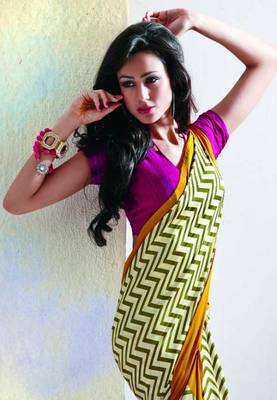 Saree With Unstitched Blouse (15006)