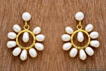 UNIQUE REAL PEARLS TOPS/HANGINGS/EARRINGS FROM HYDERABAD (ROUND) - PCE1058