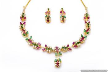 LILY NECKLACE SET WITH EARRINGS (AD RUBY EMRALD) - PCN1057