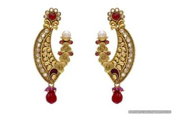 ANTIQUE GOLDEN STONE STUDDED EARRINGS/HANGINGS (RED)  - PCAE2060
