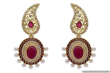 ANTIQUE GOLDEN STONE STUDDED KAIRI STYLE EARRINGS/HANGINGS (RED)  - PCAE2189