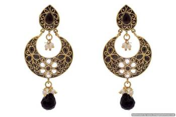 ANTIQUE GOLDEN STONE STUDDED FLOWER STYLE CHAAND BAALI EARRINGS/HANGINGS (BLACK)  - PCAE2217