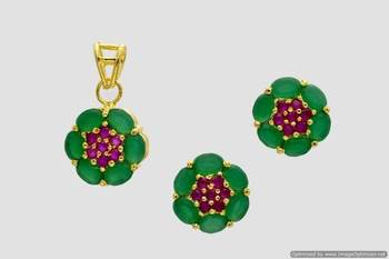 BEAUTIFUL OVAL STONES STUDDED FLOWER LOCKET SET WITH EARRINGS (RUBY EMRALD) - PCL1022