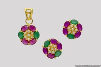 BEAUTIFUL OVAL STONES STUDDED FLOWER LOCKET SET WITH EARRINGS (PEARL RUBY EMRALD) - PCL1024