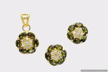 BEAUTIFUL OVAL STONES STUDDED FLOWER LOCKET SET WITH EARRINGS (AD HEENA) - PCL1031