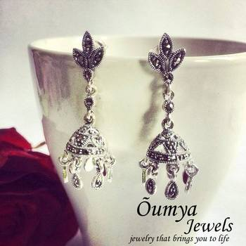 Silver Jhumki with marquise stone