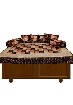Amazing Furniture matching diwan set