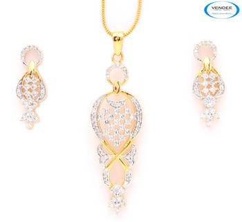 Awesome shiny American diamonds pendant, earring