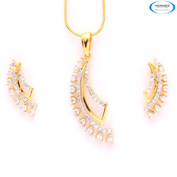 Graceful CZ diamond pendant set