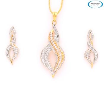 Pretty CZ diamond pendant jewelry